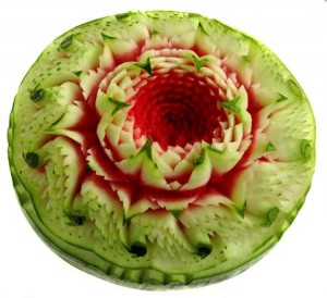 Wassermelone Thai Blütenmotiv