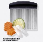 Coltello con taglio ondulato per cortare frutte, verdure, formaggio